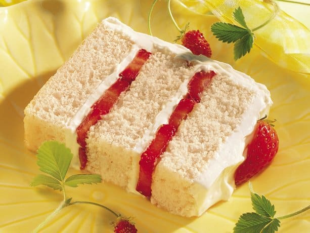 Strawberry Torte with Creamy Fruit Filling Recipe