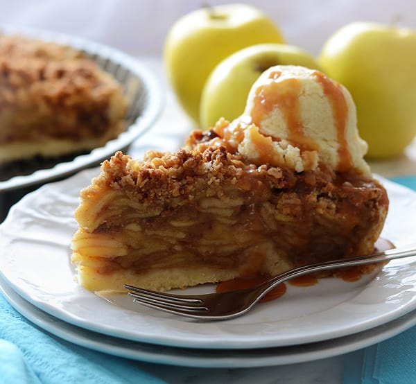 Melt in Your Mouth Caramel Apple Pie Recipe
