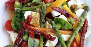 Asparagus, Mozzarella & Pepper salad recipe
